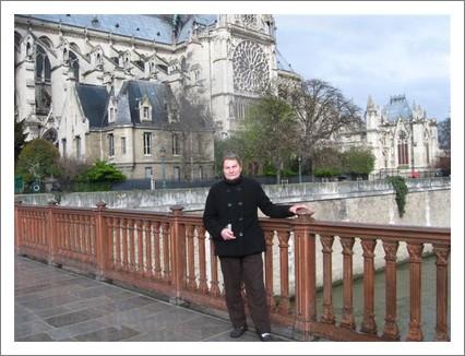 paris-francine-notre-dame