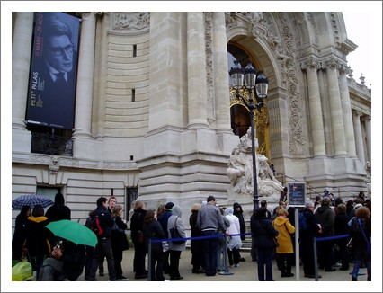 paris-ysl-attente