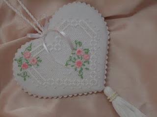Coeur-aux-roses.JPG