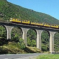 train-jaune.jpg