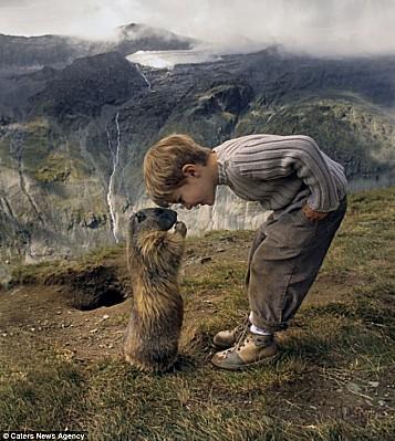 L-enfant-et-les-marmottes-1.jpg